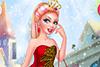 Nawel, maquillée et habillée comme une princesse