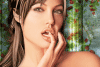 Jeu de maquillage avec Angelina Jolie
